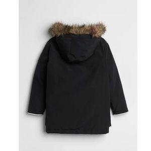 GAP Jackets & Coats - Gap Boys Cozy Down Parka in Black removeable fur